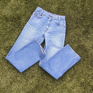 Vintage High rise waist Levi's jeans Medium wash
